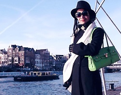 Hanna Painter - Black Hat, Green Bag, Pinko Coat, Scraf - IAmsterdam <33