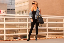 Amber Wilkerson - Shein Jacket, Zac Posen Bag, Forever 21 Jumpsuit, Kendall And Kylie Shoe, Saint Laurent Sunglasses - How To Wear an Oversized Denim Jacket