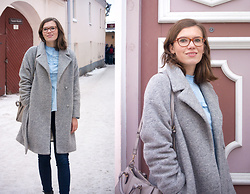 Piia Õ. - Promod Wool Blend Coat, Bikbok Ruffle Blouse - Pastel Winter