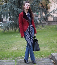Jelena - H&M Boho Scarf, Levi's® Flared Jeans, Zac Posen Leather Bag, Asos Ankle Boots - Boho jacket