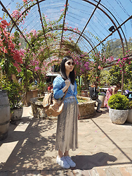 Amy Liu - Gloss Geometric Metal Sunnies, Uniqlo Linen Shirt, Taobao Silver Accordion Pleat Midi Skirt, Adidas Originals, Colette Backpack - Machina and the hanging gardens