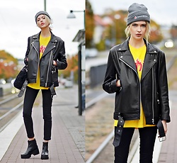 Ebba Zingmark - Fete Imperiale Jacket, Urban Outfitters Top, Reval Denim Guild Pants, Vagabond Boots, Champion Beanie - BURNING