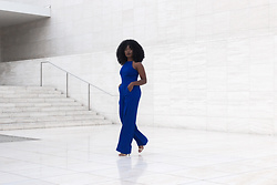 Niké -  - How to style a blue jumpsuit