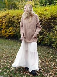 Laenoky - Sendra Boots, H&M Trend Dress, H&M Trend Wool Knit - NOTHING LIKE COZY - OVERSIZED KNIT