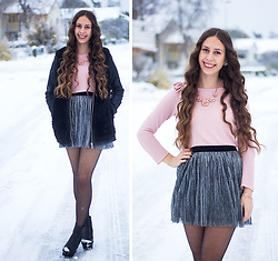 Carina KL - Lindex Cardigan, Lindex Skirt, Vila Jacket - Snow outside