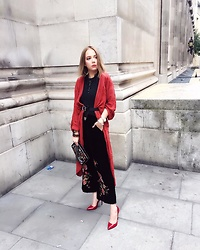 Karina Bogdan - Zara Cardigan, H&M Body Top, Asos Belt, Zara Velvet Pants, Heels, Zara Bag, Necklace, Michael Kors Watch, Accessorize Bracelets - LFW16 Throwback