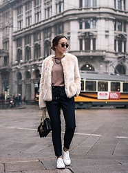 Guess What - Bershka, Zara, Zara, New Look, Pinko, Scallini, Dior - MILAN FUR