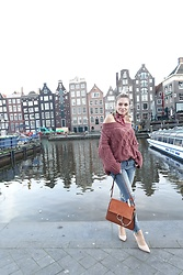 Sonja Kovac - Valmuer Sweater, Zara Jeans, Chloé Bag, Schutz Pumps, Robert Sever Design Scarf - COZY OFF THE SHOULDER SWEATER | AMSTERDAM