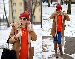 Kamila Krawczyk - Zaful Coat, Twinkledeals Sweater, Twinkledeals Bag, H&M Jeans, Amiclubwear Shoes, La Redoute Cap, Lollicouture Sunglasses - Hello December