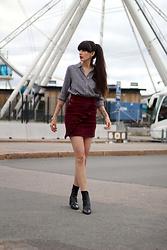 Paz Halabi Rodriguez - Zara Checked Blouse, Ruffle Skirt, Zara Mid Rise Boots - One ruffle per day keeps the doctor away !