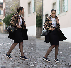 Romina Ch - La Redoute Pencil Skirt, Kenzo Tee, Zara Coat, Givenchy Bag, Superga Sneakers - Casual Streetstyle outfit