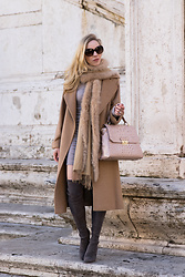 Meagan Brandon -  - Soft Neutrals for the Holidays