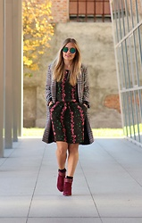 Eniwhere Fashion - Zaful Lapel Houndstooth Coat, If.... Floral Dress, La Redoute Booties, Dezzal Sunnies - Mix and match