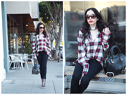 Lisa Valerie Morgan - Zara Blouse, Alice + Olivia Satchel, Adriano Goldschmied Denim - Zara Plaid Choker Blouse