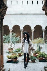 Rachel-Marie Iwanyszyn - Shop Pretty Attitude Kimono, Wolverine Boots, Free People Dress - MYSTIC WAYS.