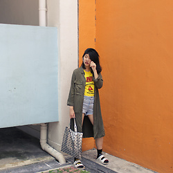 Melisa A - Zara Graphic Tee, Zara Denim Shorts, Pull & Bear Long Shirt Outerwear, Issey Miyake Bag, Monki Pizza Socks, Birkenstock White Sandals, H&M Glasses - CURRENTS