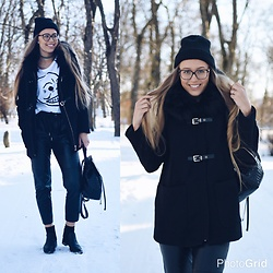 Triinu Ollema - Chicy.Se Black Coat, New Yorker Beanie, Cheap Monday T Shirt, H&M Leather Pants, Zara Boots, H&M Leather Packbag - Black coat