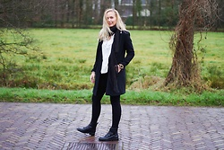 Annora - Oldie Black Coat, Sammydress Blouse, Zara Black Leggings, Even & Odd Black Boots - Black and white.