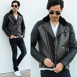 Michael - All Saints Leather Jacket, Vans Authentic, Ray Ban Aviator Sunglasses, Nudie Jeans Tube Tom - California Winter
