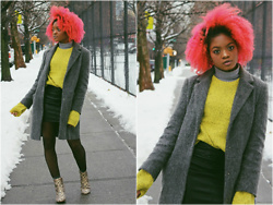 Alicia Nicholls - Urban Outfitters Classic Twist Crew Neck Sweater, Urban Outfitters Thelma Ankle Boot - How to Wear Bright Colors this Winter