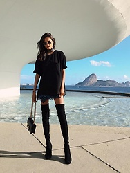 Gizele Oliveira - Topman T Shirt, For Love & Lemons Skirt, Jeffrey Campbell Shoes Boots, Gucci Bag - Rio