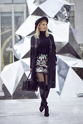 Pepa Days - Boots, Gina Tricot Skirt - Winter Wonderland