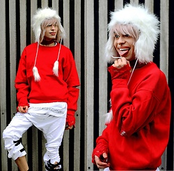 Milex X - Szaleo Hat, Dezzal Sweater, Long Clothing Pants, Open Your Dolls Please Choker - MERRY CHRISTMAS