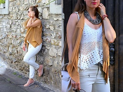 Rimanere Nella Memoria - Takko Fashion Vest, Amor, Trust & Truth Pants, Zaful Top, Bullboxer Sneakers - Outfit of the Day
