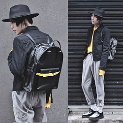 IVAN Chang - Mcving Bag, Tastemaker 達新美 Hat, Tastemaker 達新美 Jacket, Tastemaker 達新美 Sweater, Tastemaker 達新美 Pants, Underground Shoes - 28121616 TODAY STYLE