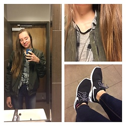 Taylor Hanson - Nike Roshe 1, Madden Girl Green Bomber Jacket, Forever 21 Grey Shirt, Old Navy Flannel, American Eagle Outfitters Jeans - Casual Thursday
