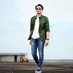 Beny PN - French Connection Uk Shirt, Gap White Tee, Ray Ban Sunglasses, Zara Shoes, Nudie Jeans, Daniel Wellington Watches - Shoulder straps shirt