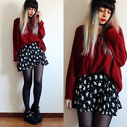 Filipa Lopes - Cndirect Floral Dress, Zara Red Sweater, Black Boots - Christmas Outfit