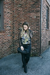 Britnie Harlow - Lumillamingus Fold Over Clutch, Target Leather Pants, Vera Wang Ankle Boot, Vintage Band Tee, Forever 21 Lace Top - Iron maiden.