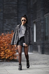 Diana B. - Ash Footwear Boots, Calzedonia Tights, Zara Leather Skirt, Asos Denim Jacket, Zara Sweater - How to wear: mesh tights