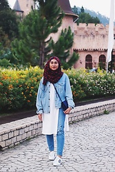 Liyana Aris - Levi's® Denim Jacket, Monki Embroidered Cat Face Jeans, Adidas Snakeskin, Kate Spade Slingbag - Denim On Denim
