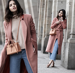 Adriana Gastélum - Lavish Alice Pink Coat, Shein Frayed Jeans, Cuyana Sweater, Mansur Gavriel Mini Sun Bag - The perfect pink coat
