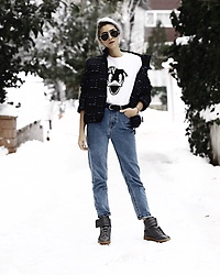 Rana Demir - Maison Martin Margiela Shoes, Kenzo Jacket, Tommy Hilfiger Sunnies - Winter in İstanbul