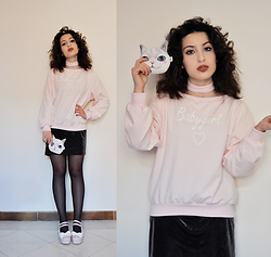 I L L Y - Chicme Sweatshirt, Choies Purse, Gamiss Shoes - STRAWBERRY CUPCAKE