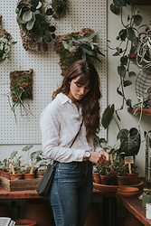 Tonya S. - Kapten And Son Minimal Watch, Frame Denim, Grana White Button Up - Plant Shopping