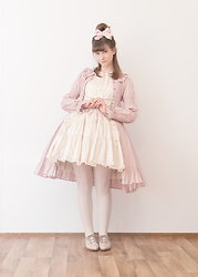 Maiju Laine - Victorian Maiden Overdress, Innocent World Jumperskirt, Mint&Berry Lace Up Shoes - High brow pastel