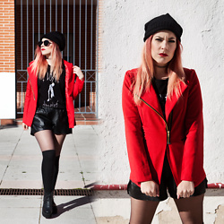 Vita Dinamita - Lightinthebox Red Blazer, Light In The Box Beanie - WE AIN'T EVER GETTING OLDER