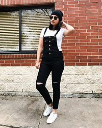 TheVagabondWayfarer - Romwe Black Overalls, Keds White Sneakers, Target White T Shirt - Back to 90's in overalls