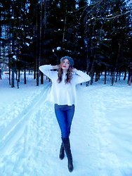 Dasha - Zara Grey Embellished Beret, Levi's® Navy Blue Jeans, Эконика Black Leather Knee High Boots - Russian Red + Beret