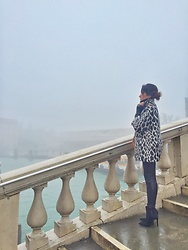 Getman Marina - Guess Coat, Pull & Bear Pants, Guess Shoes - Venice is in my heart?