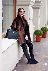 Anna Puzova - Sammydress Turtleneck, H&M Jeans, Sammydress Bag, Zaful Over The Knee Boots, Zaful Shades - Natural Fur Thing
