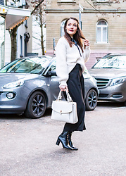 Stefanie -  - Black culottes for winter #2