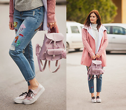 Viktoriya Sener - Sheinside Jeans, Grafea Backpack, Sheinside Shearling Coat, Sheinside Sweater - PINK SHEARLING COAT