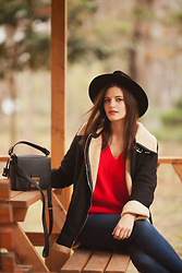 Viktoriya Sener - Zaful Sweater, Dresslily Shearling Coat - HAVE A NICE DAY!