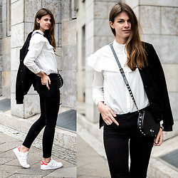 Jacky - Rebecca Minkoff Bag, Adidas Sneakers - Not an ordinary white shirt