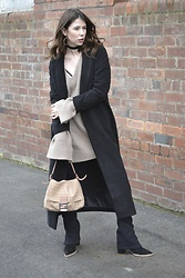 Hollie .S. - Missguided Black Coat, Office Ankle Boots, Fendi Bag, Boohoo Oversized Knit - Oversized